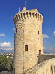 8-castillo-bellver