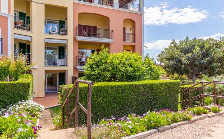 LAS ADELFAS: Wonderful garden apartment in Santa Ponca
