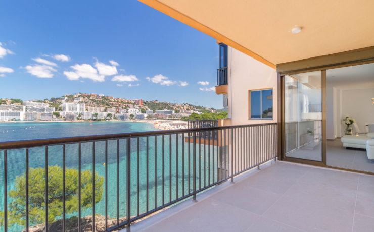 Erste Meereslinie Santa Ponsa: Top-sanierte Wohnung