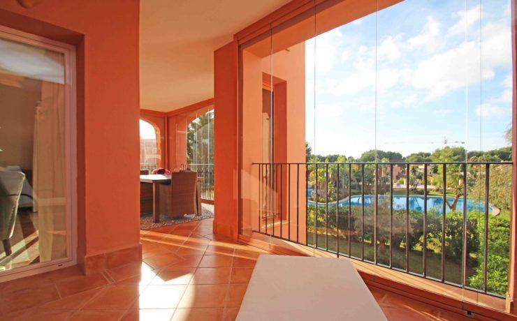 Luxuriöses Apartment in Santa Ponsa in begehrter Golfresidenz