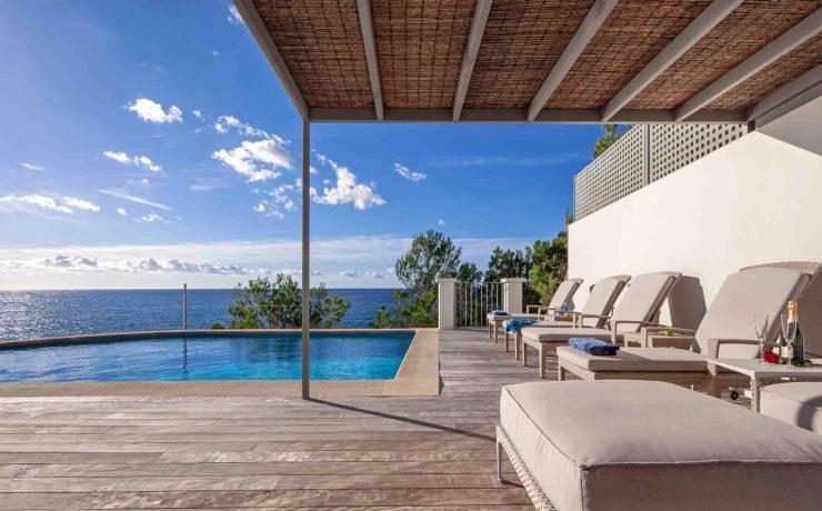 Gorgeous first sea line villa Puerto Andratx