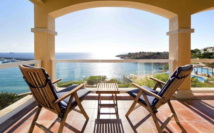 Stunning first sea line penthouse Santa Ponsa