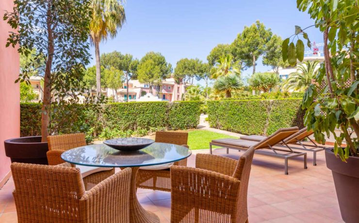 Exklusives Gartenapartment in Luxusresidenz Santa Ponsa