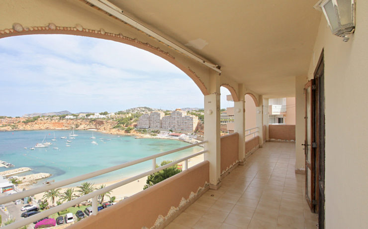 High potential apartment in El Toro with sea views