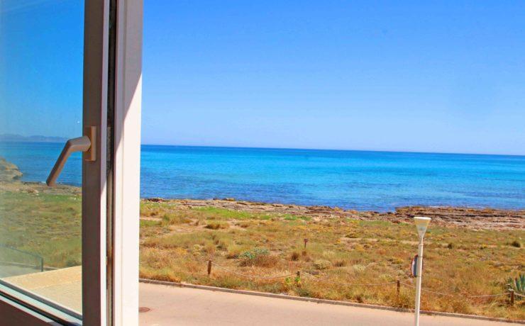 First sea line town house in Son Serra de Marina