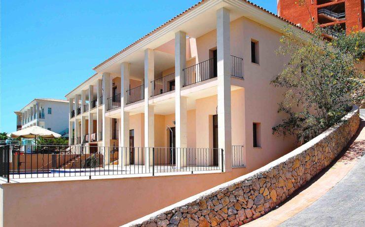 Beautiful villa with bay views in Santa Ponca