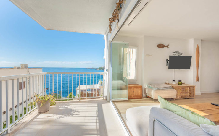 Renovated apartment with fantastic sea views Sant Augustin