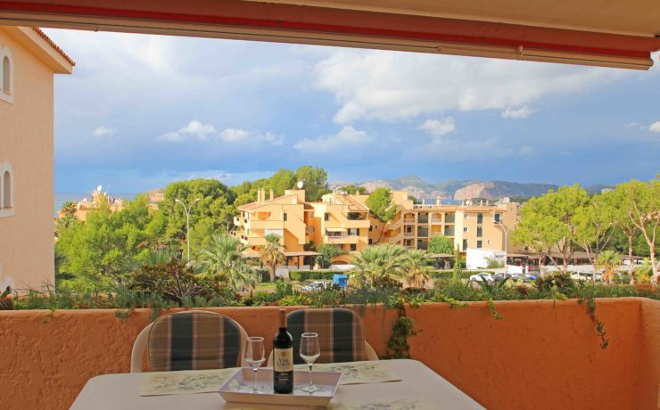Beautiful sea view apartment in Santa Ponsa