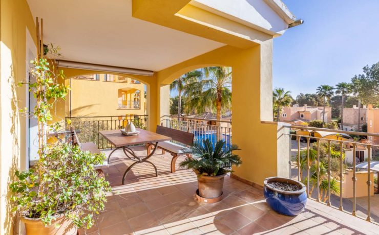 Penthouse with large roof terrace Santa Ponsa