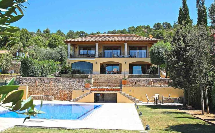 Long term rent: Excellent family villa Lloseta