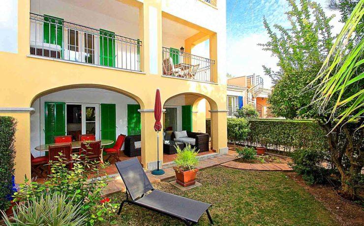 """Casa adosada en la residencia """"Las Adelfas"""" en Santa Ponsa"""