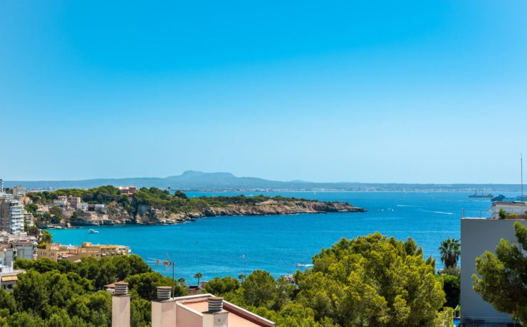 Beautiful terraced house with sea views Sant Augustin