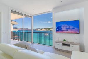 X4 wohnung in erster meereslinie saniert santa ponsa reformed first sea line apartment santa ponsa