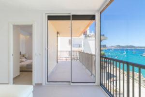 X13 wohnung in erster meereslinie saniert santa ponsa reformed first sea line apartment santa ponsa
