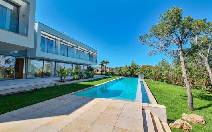 Spectacular modern style villa Santa Ponsa